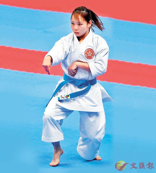 ■ 劉慕裳於2018年出戰印尼亞運會空手道套拳比賽。 資料圖片