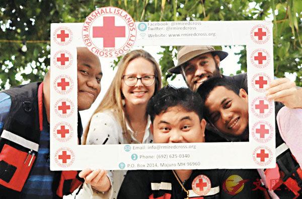 ■Pedersen會到世界不同地方的紅十字會宣揚。