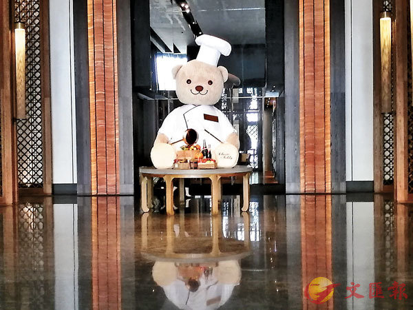 ■台南晶英大堂非常大兼有文化氣息