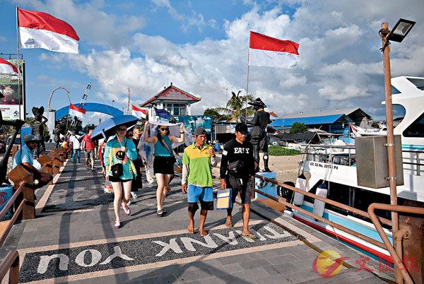 ■香港與東盟的《自由貿易協定》及《投資協定》中涉印尼部分將於7月生效,旅遊相關行業有望可受惠。