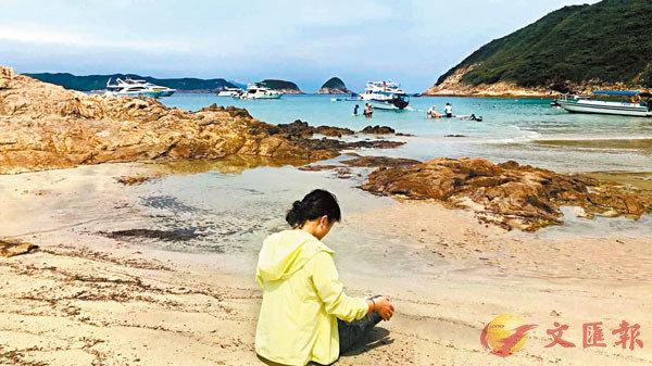 ■ 一度被煽暴文宣迷惑的蕭小姐如今徹底醒悟,她勸「黃絲」青年們回頭是岸,遠離暴力,一起重建香港家園。 受訪者供圖