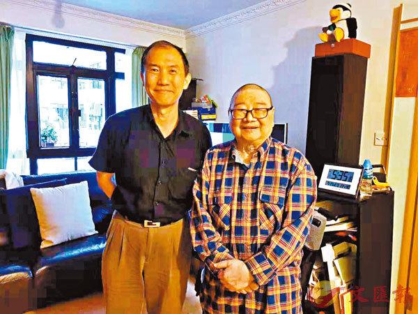 ■葉李華早前與倪匡先生的合影。 林繼珠 攝