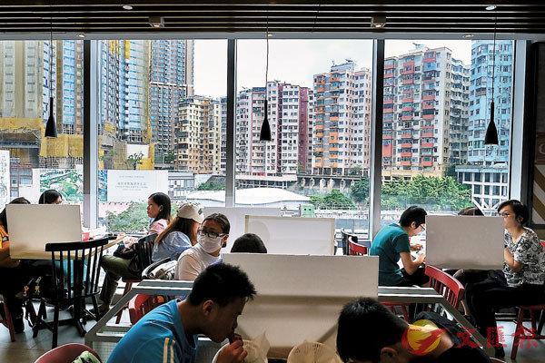 ■ 香港樓市已從疫情嚴重時期低位回升,令大眾摸不�蚗Y腦。 資料圖片