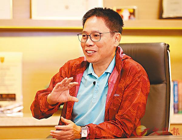 ■冼國林認為,批評很容易,給出建議才難。 新華社