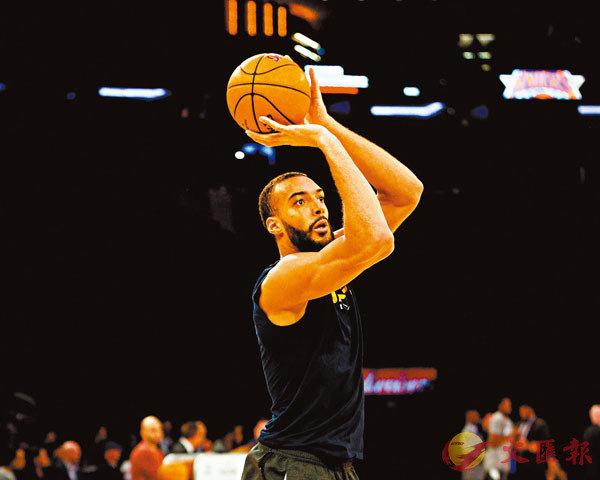 ■高拔是3月時首位確診新冠肺炎的NBA球員。  資料圖片