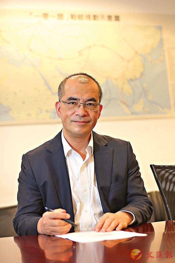 ■王春新稱,香港金融體系依然有序運行,投融資水平和資金流向如常,表明市場參與者對香港國安法有足夠信心。 香港文匯報記者  攝