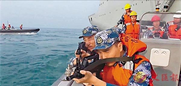 ■ 國防部發布《今日中國軍隊2020》宣傳片,以中英文披露中國軍隊即使在疫情防控時期也始終保持良好的戰備狀態。 視頻截圖