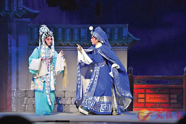 ■文華最愛名劇《帝女花》每隔一年便會再選演。之前和靈音合演,今次和王潔清合演。