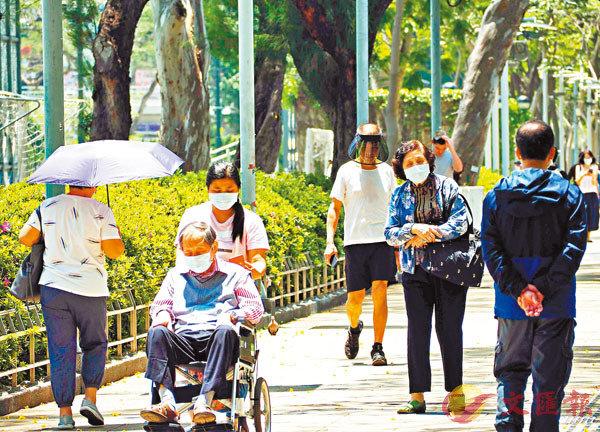 ■ 安老服務在疫情期間大受影響,復康安排對住在安老院或在家的長者都有影響。 資料圖片