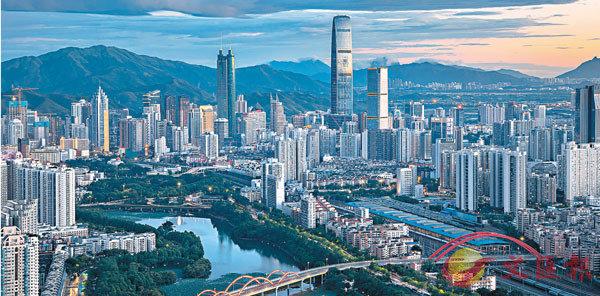 ■ 深圳人均GDP 2025年料可達3.5萬美元。圖為深圳羅湖。 資料圖片