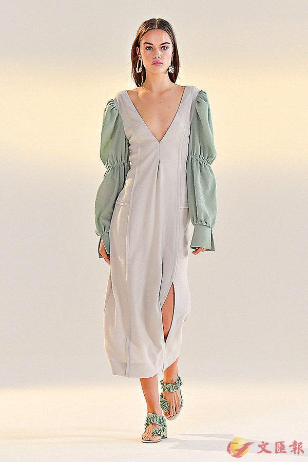 ■模特展示Vivienne Hu品牌時裝。