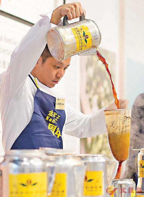 ■利用茶袋除了可以去掉茶渣,還可以去掉青草味道,令茶味均衡。 資料圖片
