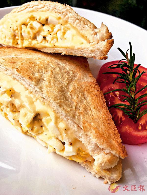 ■自創雞蛋沙律三文治,大學時期午餐味道之日常。 作者供圖