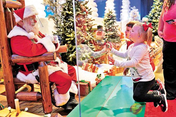 ■ 聖誕旺季將至,歐洲多國紛紛啟動檢測計劃。 美聯社