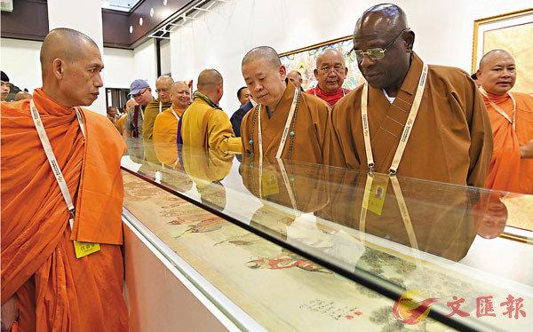 ■此次修訂是《細則》頒布以來第二次修訂。圖為早年在福建省莆田市美術館舉行的世界佛教論壇圖片藝術展。 資料圖片