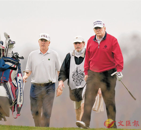 ■特朗普在G20視像會議期間,離席打高爾夫球。 美聯社
