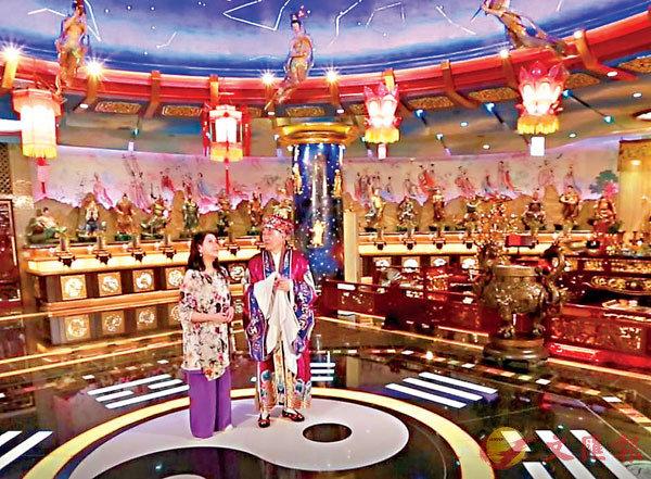 ●太歲元辰殿的設計,將傳統信仰與現代科技結合一起。 作者供圖