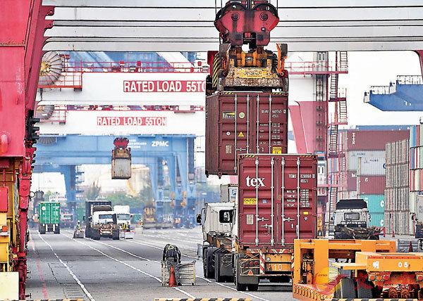 ●台灣去年出口金額3,452.8億美元創下歷史新高。 資料圖片
